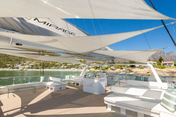 The Mirage Luxury Yachts Flybridge
