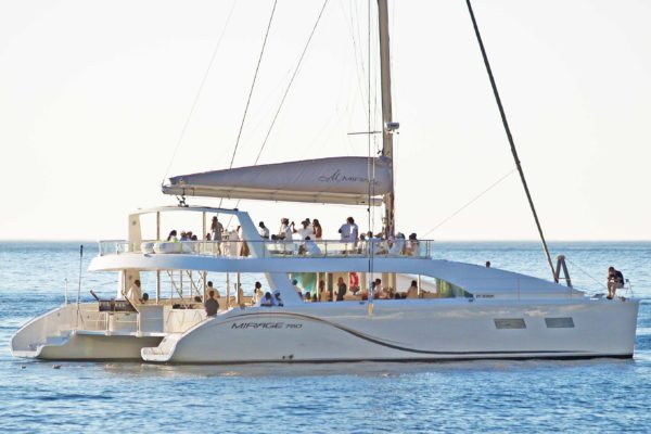 Mirage Luxury Yacht Sailing With Guests